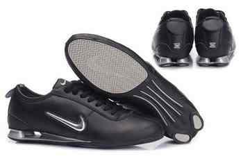 buy online 03eb1 7416b Chaussures Nike Shox R3 Homme N9 Noir Blanc