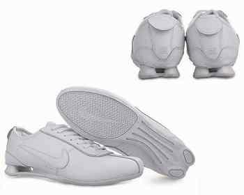 sneakers for cheap 2cbcb 2055a Chaussures Nike Shox R3 Homme N5 Noir Blanc