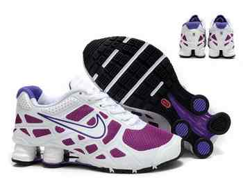 sports shoes 2bd57 28a3a Chaussures Nike Shox Turbot Femme N22 Violet Gris