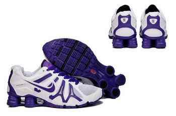 sports shoes a2c08 752b1 Chaussures Nike Shox Turbot Femme N11 Violet Blanc